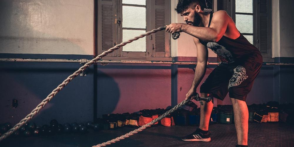 battle ropes techniques by fit gladiator